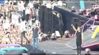getlinkyoutube.com-One Direction OTRA tour Moments part.12 [Best/funny/cute moments]