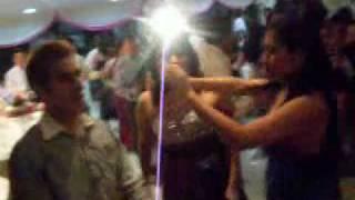 getlinkyoutube.com-BailandO En La BoDa D' KerLy :D