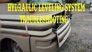 HYDRAULIC JACKS LEVELING SYSTEM TROUBLESHOOTING FLEETWOOD BOUNDER / FULL TIME RV , VLOG width=