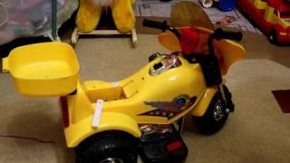 getlinkyoutube.com-установка 12 вольтовой АКБ на детский электромотоцикл