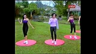 getlinkyoutube.com-Feni Rose Senam Fresh & Fun antv 27042012 - 2
