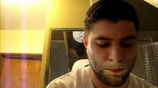 getlinkyoutube.com-Straight Razor shave demo Wade & Butcher part 2