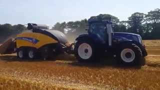 New Holland Country Crest's BigBaler 1290 baling straw in Ireland