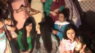 getlinkyoutube.com-This happens in kashmiri wedding