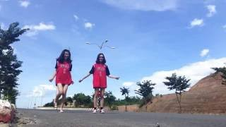 getlinkyoutube.com-Tez Cadey - Seve | shuffle dance with best friend