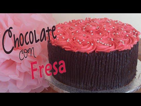 Tarta de chocolate con fresa