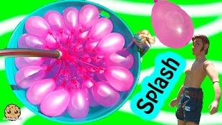 getlinkyoutube.com-Disney Frozen Dolls Queen Elsa + Prince Hans Have Water Balloon Fight - Cookieswirlc Video