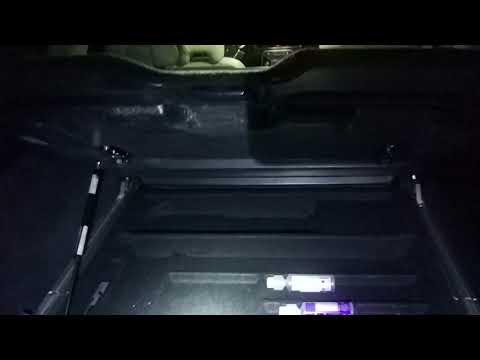 Новый амортизатор органайзера багажника Volvo xc70