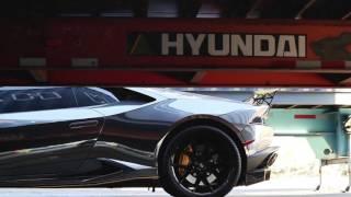getlinkyoutube.com-DMC Lamborghini Huracan - Full Wrap in Black Chrome w/ Dark Yellow