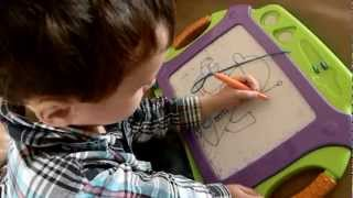 getlinkyoutube.com-Amazing 4 year old artist!