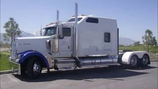 Kenworth W900L Custom AeroCab Sleeper