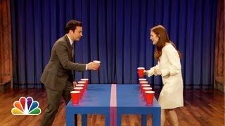 getlinkyoutube.com-Flip Cup with Julianne Moore (Late Night with Jimmy Fallon)