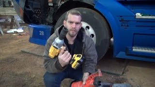 getlinkyoutube.com-Changing semi truck tire with Dewalt DCF899 and torque multiplier ( How long does it take?)