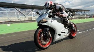 getlinkyoutube.com-MOTORRAD-Testride: NEW Ducati 899 Panigale