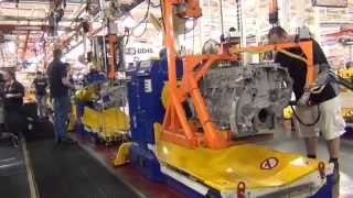 getlinkyoutube.com-Extreme Truckers join the Detroit Diesel Factory tour