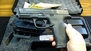 getlinkyoutube.com-Smith & Wesson M&P 9MM Range and Carry Kit + Shooting Video