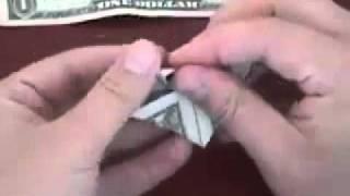 getlinkyoutube.com-Cách xếp tờ tiền thành hình trái tim theo phong cách Origami - vnHow.vn.flv