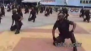 getlinkyoutube.com-Demontrasi Gayung perang oleh Komando 69