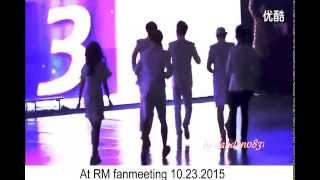 getlinkyoutube.com-Spartace moment linking arm ( at Fan meeting + MaMa)