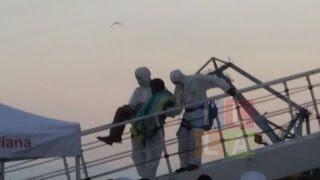 Cagliari, l'8 sbarco dei migranti nel 2015