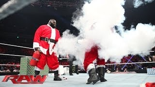 getlinkyoutube.com-Good Santa vs. Bad Santa - The Battle for Christmas: Raw, Dec. 23, 2013