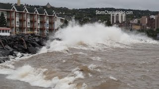 getlinkyoutube.com-9/10/2014 Duluth, MN Lake Superior Gale Warning Huge Waves - B-Roll