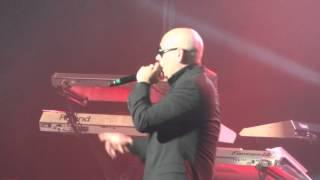 getlinkyoutube.com-Pitbull Danza Kuduro Live Montreal 2012 HD 1080P
