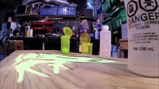 getlinkyoutube.com-Glow in the dark inlays with epoxy resin.Glow powder Tests. Frog/Punisher Skull