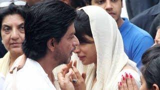 getlinkyoutube.com-Shahrukh Khan, Deepika, Shahid Kapoor, Ranbir, Ranveer attend Priyanka Chopra's father's funeral