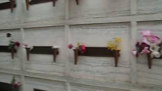 getlinkyoutube.com-Vista a las  tumbas de los chiflados