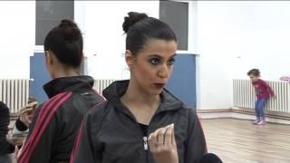 getlinkyoutube.com-Skola baleta za devojcice, bioskop Kupina Nis