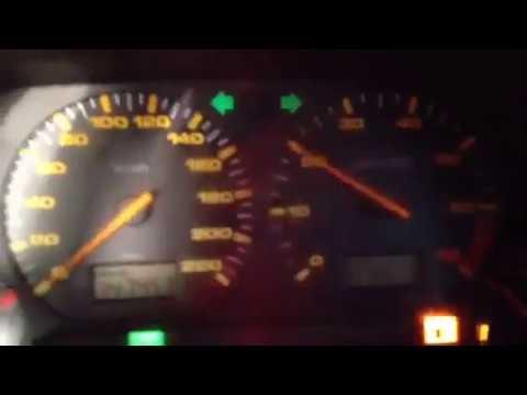 Где находится фильтр двигателя в SEAT Ибица