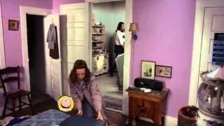 Cearta conjugala - A Slipping-Down Life (1999) - parodie - Ca romanu' ©