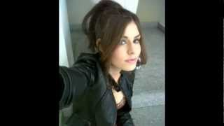 getlinkyoutube.com-Carolina Padron Sexy Fotos