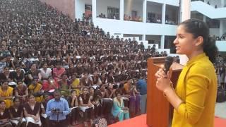 Naina jaiswal amazing speech vijaywada vvit.....
