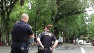 getlinkyoutube.com-Cop tries to intimidate Camera Man