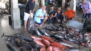 getlinkyoutube.com-Fishing the Burma Banks in the Andaman Sea 2015