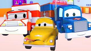 getlinkyoutube.com-Carl Transforms e Ambulância na Cidade do Carro | Desenho animado para crianças