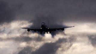 getlinkyoutube.com-超絶!! すごい旅客機の着陸動画 NCA B747-8F@成田空港RWY34L