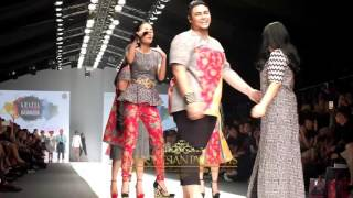 getlinkyoutube.com-Grazia Urbanasia Jakarta Fashion Week 2016 Senayan City