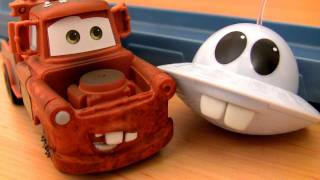 getlinkyoutube.com-UFO Cars Toon Unidentified Flying Mater Track Playset Mater's Tall Tales with Mator by Blucollection