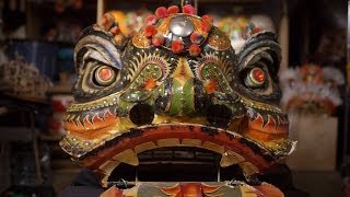 getlinkyoutube.com-Kei Lun Lion Dancers Find New Meaning in Ancient Steps | KQED Arts