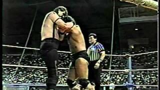getlinkyoutube.com-WWC: The Barbarian vs. Giant Warrior