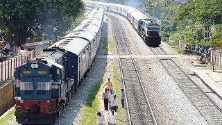 getlinkyoutube.com-EPIC Rarest ever OVERTAKE by late running Train : Indian Railways