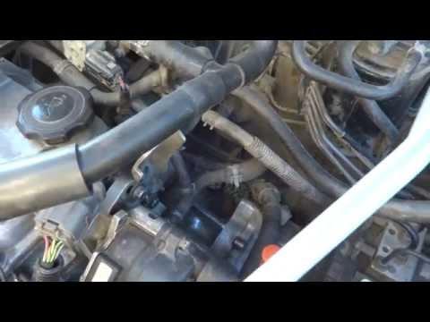 Мойка двигателя на Mazda Demio (Ford Festiva Mini Wagon)