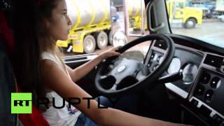 getlinkyoutube.com-Colombia: This 12-year-old girl is LOCO for lorries
