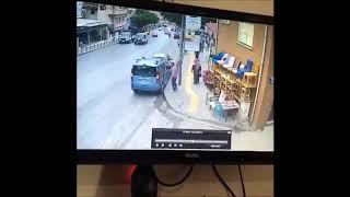 El freni çekilmeyen aracın kaza görüntüleri