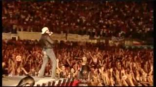 getlinkyoutube.com-Vasco Rossi - Bollicine - Live San Siro 2003