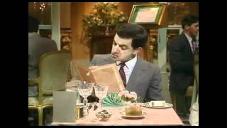 getlinkyoutube.com-[FUNNY]Mr. Bean - At The Restaurant- Your Order Please-Im Restaurant- Was Wünscht der Herr?