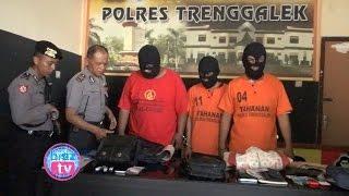 """getlinkyoutube.com-""""Penangkapan Dramatis"""" Komplotan Pencuri Antar Kota Asal Jombang Di """"Trenggalek"""" - bioz.tv"""